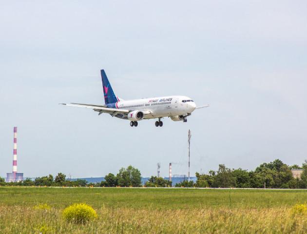 Грузинська авіакомпанія закриває рейси в Україну