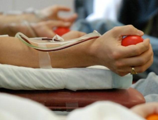 У Луцьку терміново просять здати кров для онкохворого чоловіка