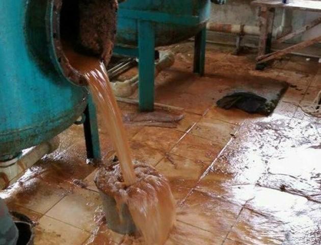 Голова Княгининівської ОТГ показала причину брудної води у Брище