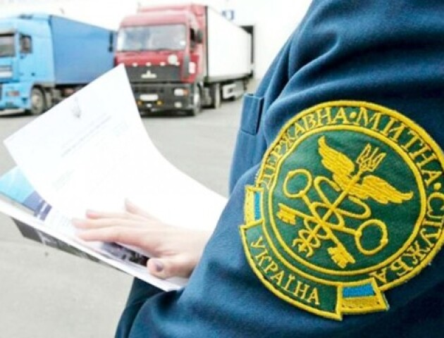 Замість кілограмів – штуки. Українська митниця має нову систему оцінки товарів