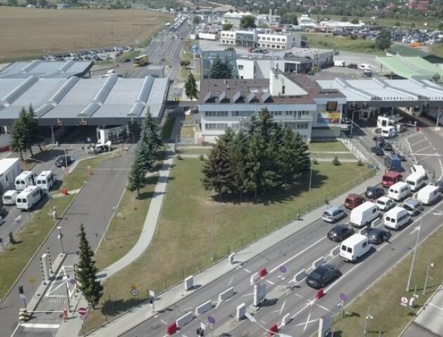 На польсько-українському кордоні «Дорогуськ – Ягодин» велика черга з вантажівок