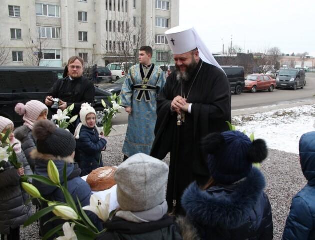 Майстер-класи, сімейні психологи,  недільна школа: як працюватиме дитяча церква у Луцьку