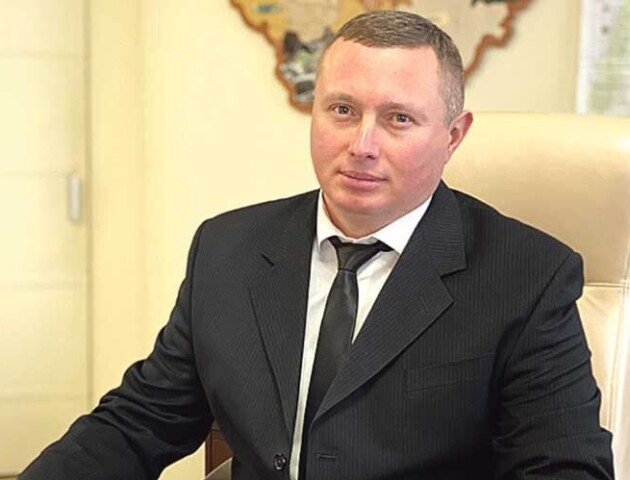 У Погуляйка - 55 тисяч, у Мишковець - 37. Скільки заробляють губернатор Волині та його заступники