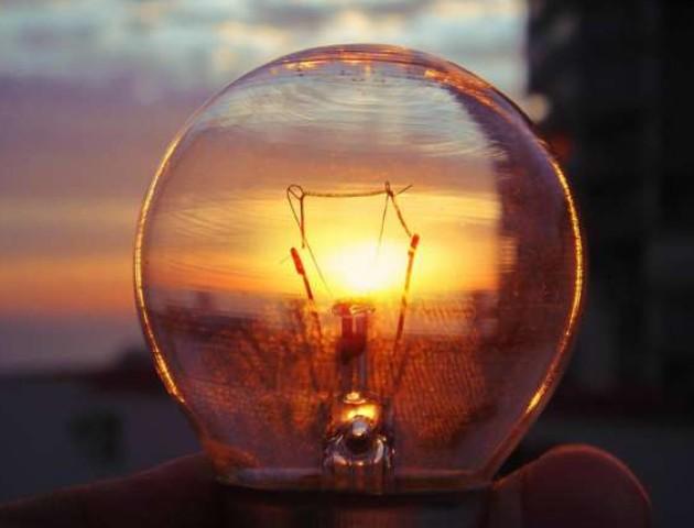 Графік відключення світла у Луцьку 20 вересня