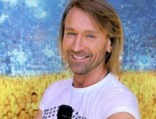 Олег Винник представив нову українську пісню «Вишиванка». ВІДЕО