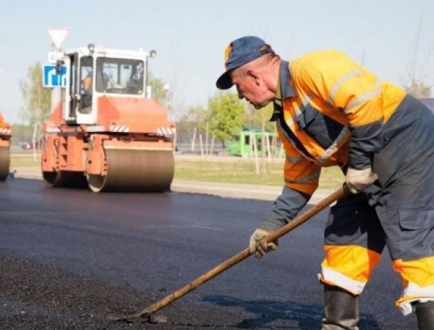 Між Луцьком і Рівним білоруси відремонтують дорогу за майже 300 мільйонів гривень