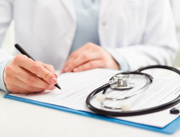 Повідомили, скільки лучан підписали договір із сімейними лікарями