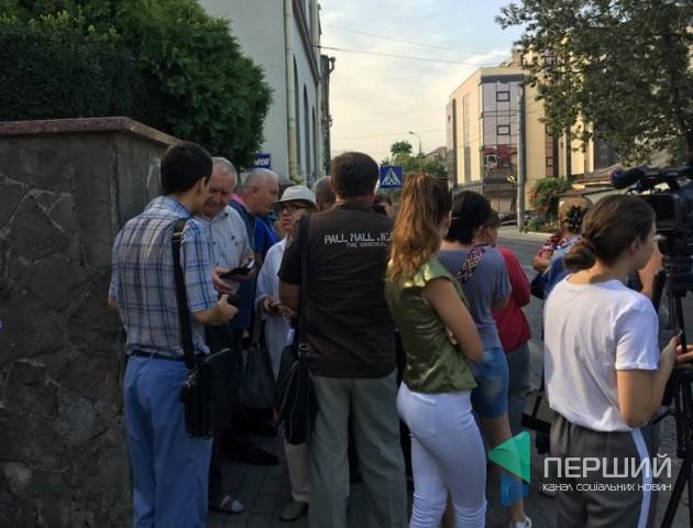 Жителі дачного масиву «Промінь» вимагають повернути маршрутку №4