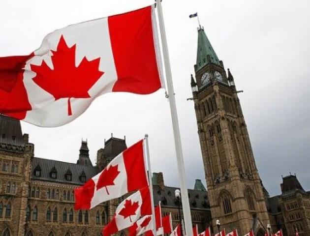 Уряд Канади заявив, що безвіз для України поки неможливий