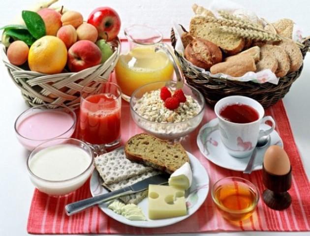 Шкідливий сніданок: 5 небезпечних продуктів для ранку