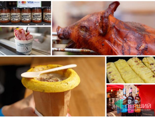 Хробаки і смажене морозиво: чим дивував восьмий фестиваль їжі в Луцьку. ВІДЕО