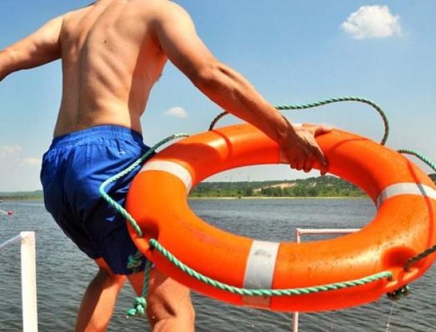 У Ковелі в річці ледь не втопився літній чоловік