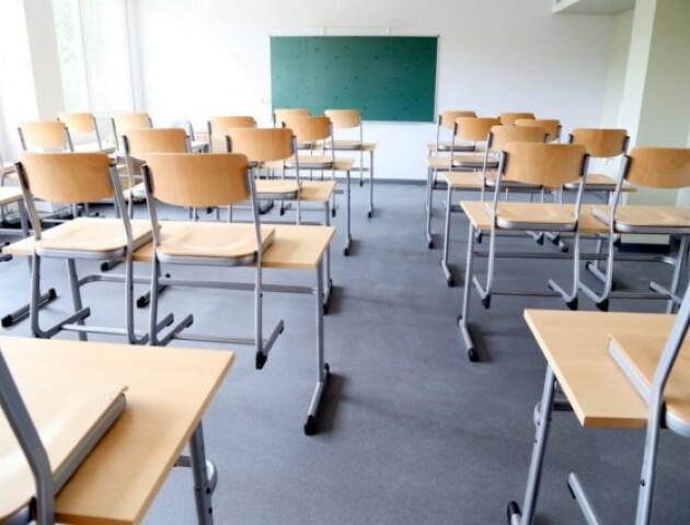 На Волині на карантин закрили вже 7 шкіл