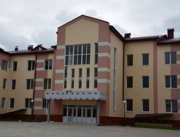 27-му школу в Луцьку можуть не відкрити до вересня. ВІДЕО