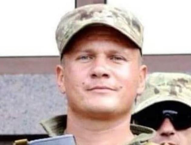 Тіло загиблого на Донбасі Героя везуть на рідну Волинь
