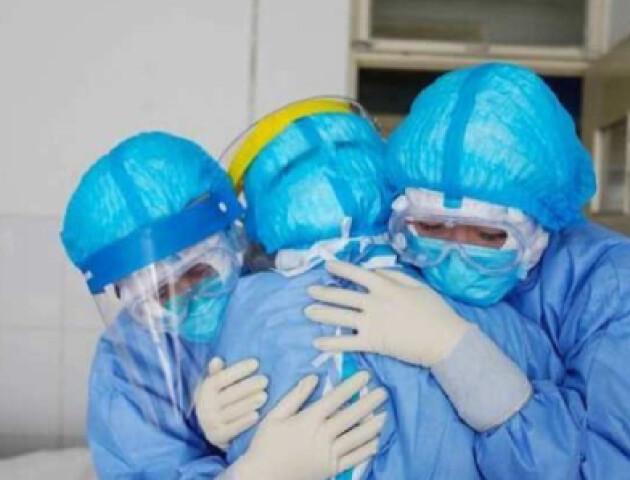 У Вінниці від коронавірусу одужала 73-річна пацієнта з важкою патологією