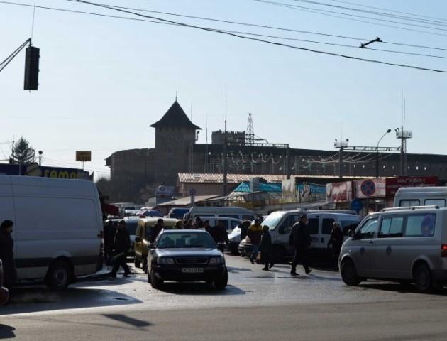 «Там має бути парковка. Все крапка», - депутат Луцькради про частину Старого ринку
