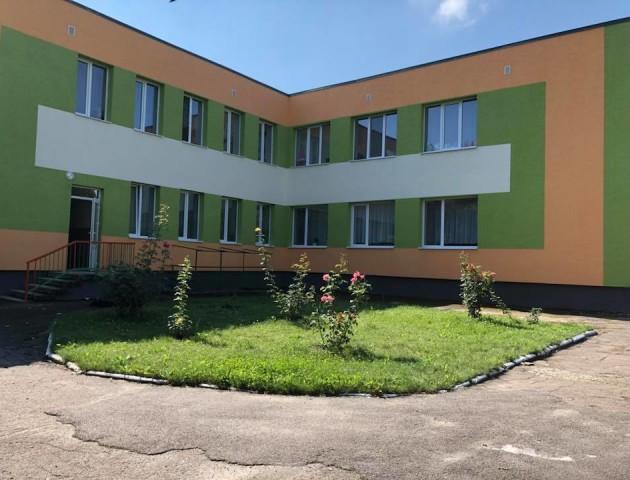 Яскраві барви серед сірих багатоповерхівок: показали оновлений дитсадок у Луцьку. ФОТО