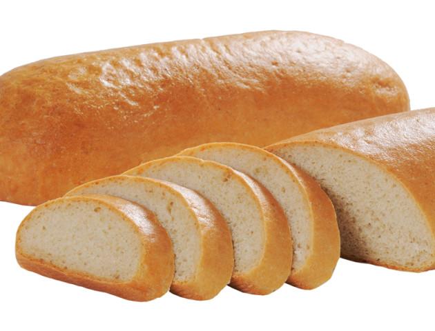 «Люди штовхаються, обзивають одне одного», – лучанка, яка роздає хліб нужденним