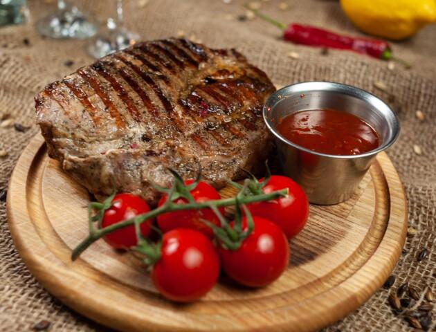 Замовити смачні страви до столу можна у «КарабасіБарабасі»