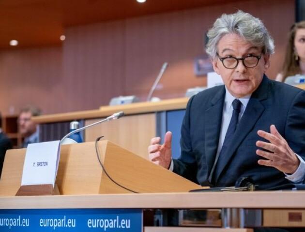Із 15 червня у ЄС запроваджують COVID-паспорти