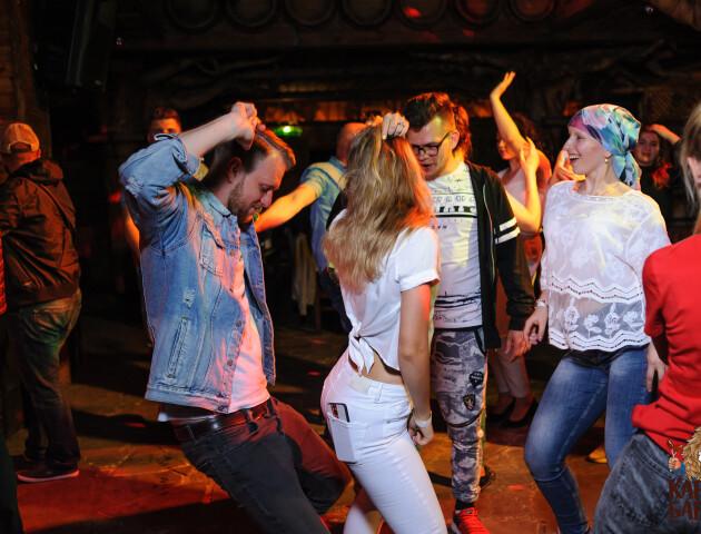 «Карабас Барабас» запрошує на музично-танцювальні вихідні