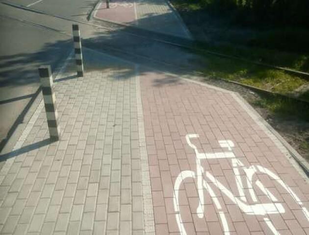 У Луцьку велодоріжку на вулиці Ківерцівській обіцяють переробити