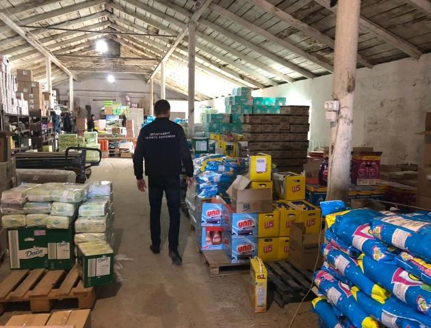 Розкрили схему незаконного імпорту крупної партії товарів на Волинь