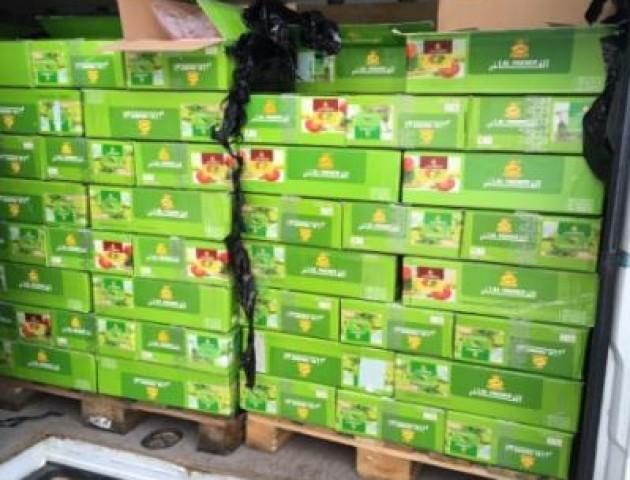 На «Ягодині» в українця вилучили 300 ящиків тютюну для кальяну. ФОТО
