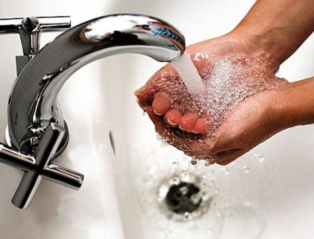 У ДКП «Луцьктепло» розповіли, де у місті включили гарячу воду
