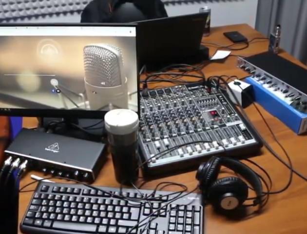«Радіо повинно бути скрізь», – луцький актор. ВІДЕО