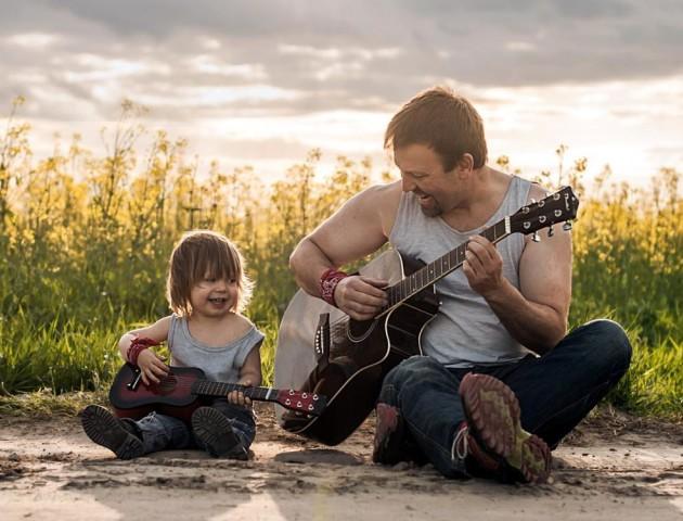 Вчені назвали найкращий вік, щоб стати татом