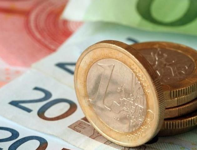Курс валют на 27 серпня: євро суттєво здешевіло