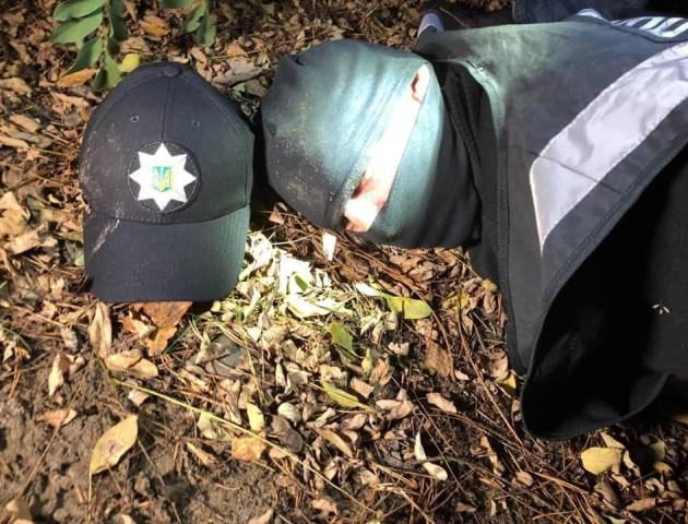 На Волині «на гарячому» затримали двох розбійників, які прикидались поліцейськими. ФОТО