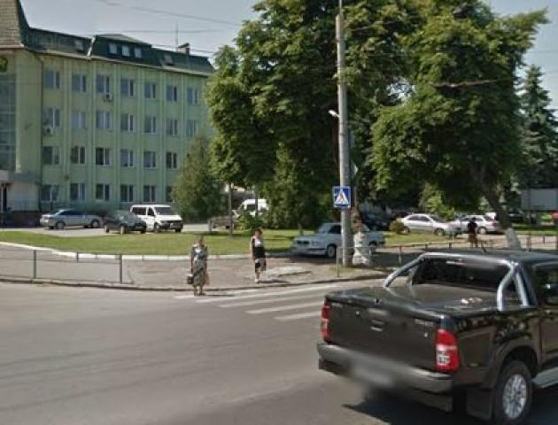 У Луцьку на небезпечному перехресті поставлять світлофор