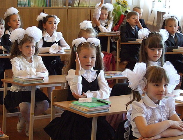 Першокласникам введуть свідоцтво досягнень замість табелів