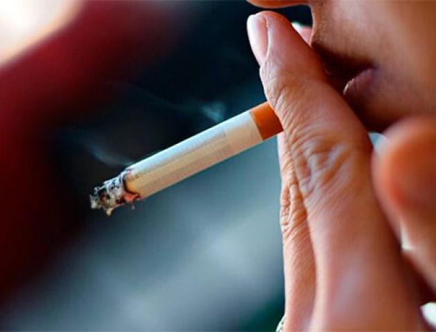 Куріння небезпечніше за наркотики, – експерт