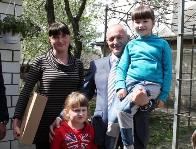 Савченко звернувся в Міноборони, щоб допомогти родині Героя з Волині
