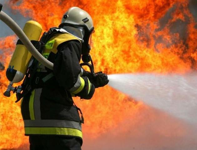 Під час пожежі в Луцьку хлопчик рятував бабусю і братика