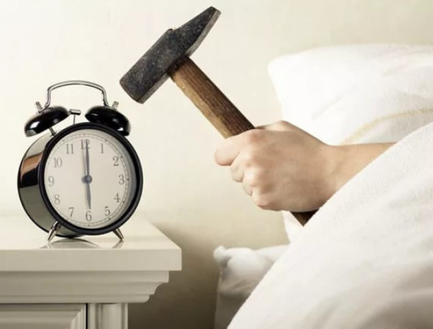 Без будильника: 3 кроки до самостійного пробудження