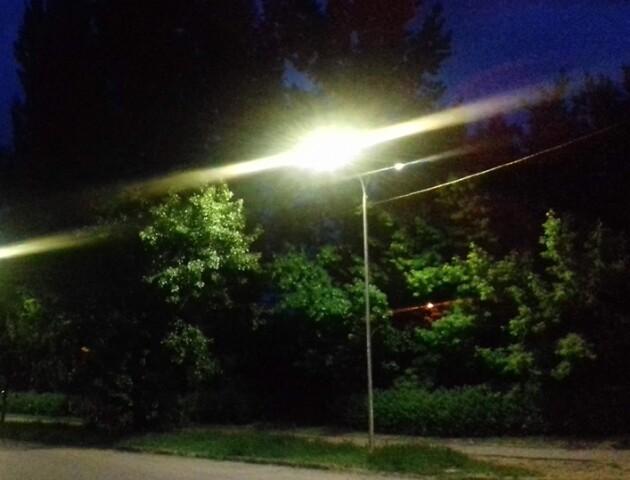У Луцьку на Кравчука запрацювали нові ліхтарі