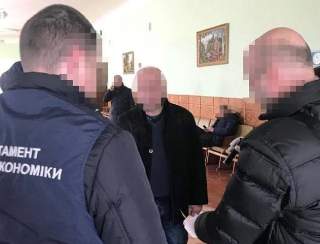 Директора волинського ВНЗ піймали на хабарі. ФОТО
