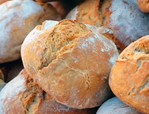 Волинь - серед областей, де найдорожчий хлібний кошик