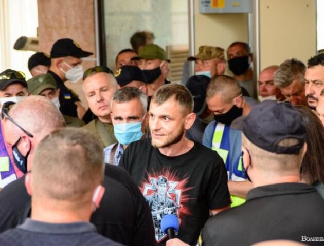 Акція протесту у Волинській ОДА. Ветерани нарешті зустрілися з Погуляйком