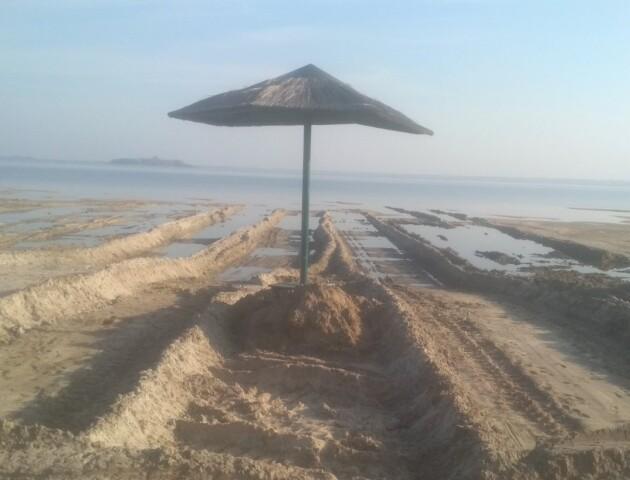 З обмілілого Світязю екскаваторами крадуть пісок, – нацпарк