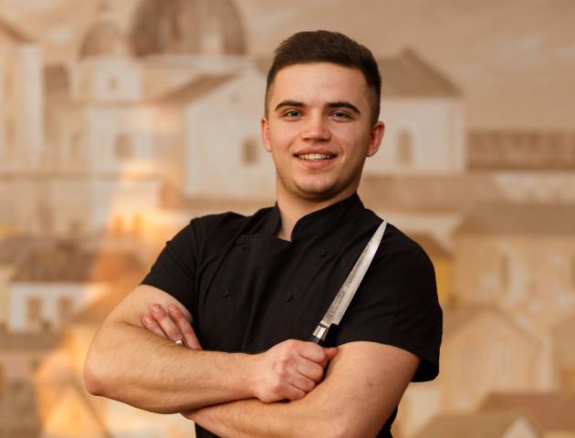 «З дитинства знав, що буду кухарем», - шеф-кухар «Чевермето» Микола Дацко