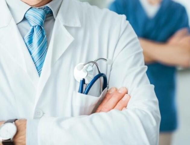 Зарплата – 5 тисяч гривень. Волинські лікарі ще не отримали доплат за роботу під час епідемії