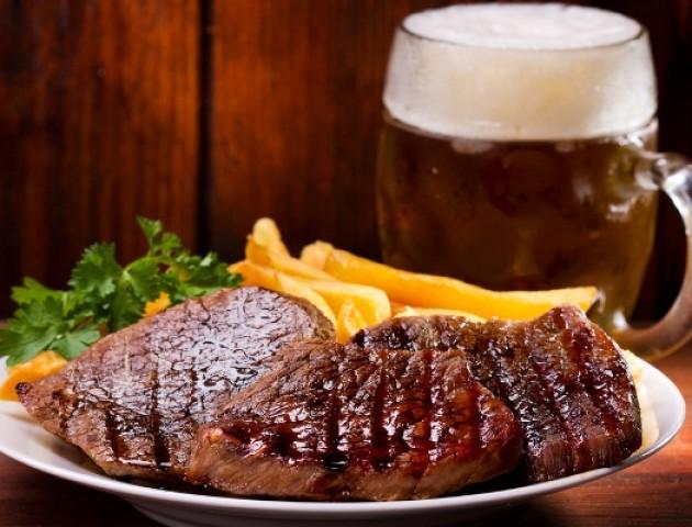 Хто торгуватиме пивом та м'ясом на фестивалі у Луцькому замку