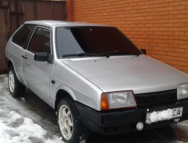 На Горохівщині на заправці викрали машину