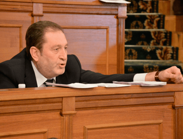 На Волині депутати «Батьківщини» підтримали кандидата від «Слуги народу»